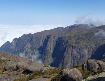 Pedra Do Sino - Parque Nacional Serra Dos Órgãos - Face Terê