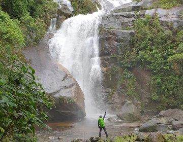 VALE DO  GUAXINDUBA: Em busca da Cachoeira Perdida - Caraguá