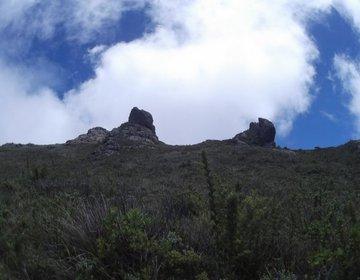 Pedra Negra; Pedra Furada; Moro do Camelo; Pedra da Caveira