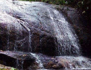 Trilha e Cachoeira do Banquinho