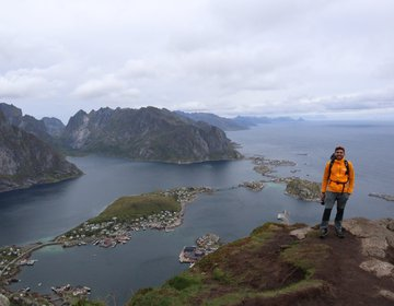 Hiking Reinebringen, Noruega