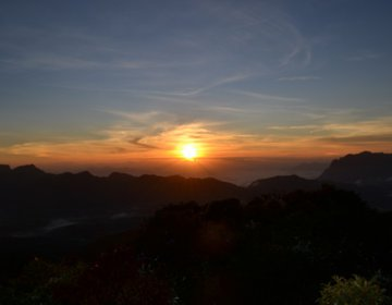 Nascer do Sol no Anhangava