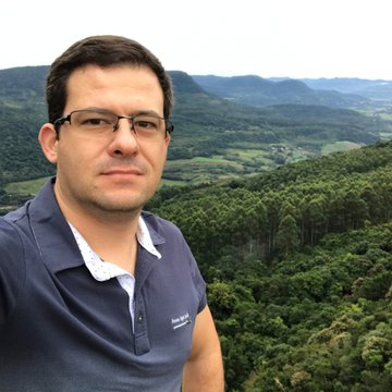 Fabricio Vargas Job