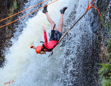 Rope Jump - Cachoeira Do Esmeril_ Altinópolis - SP