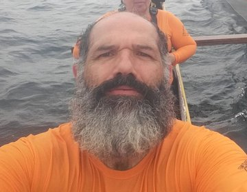 Remo (canoa avaiana) direção Ilha do Xavier