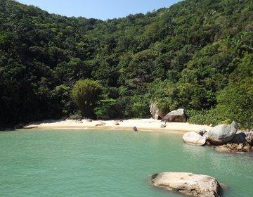 Remada em Bote Inflável para Praia do Moisés (Pata do Dragão)