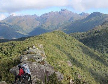 Travessia Exploratoria - Pico do Gigante (2180mts) e Ovo