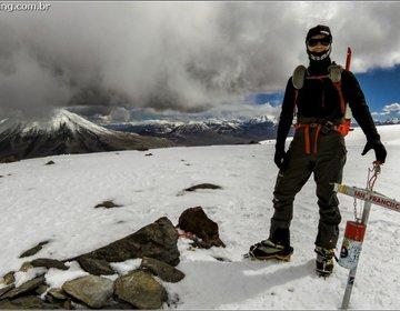 Ascensão do nevado San Francisco (6018 m), Argentina.