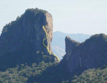 Escalada da Via Normal da Pedra do Baú