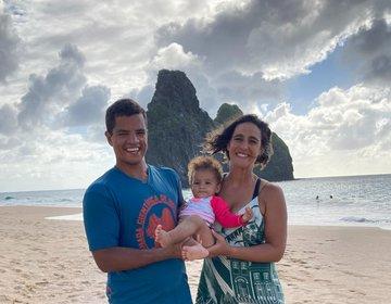 Fernando de Noronha com bebê
