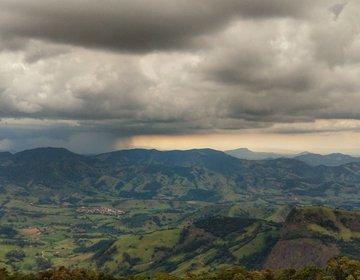 Pedra Da Divisa, Piranguçu MG