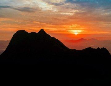Trilha e Camping no Pico Paraná