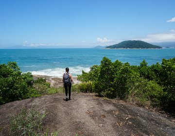 Trilha da Ponta Aguda e Praia da Lagoa