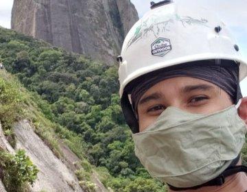 Escalada no Morro da Urca (Via Azul - Coloridos)