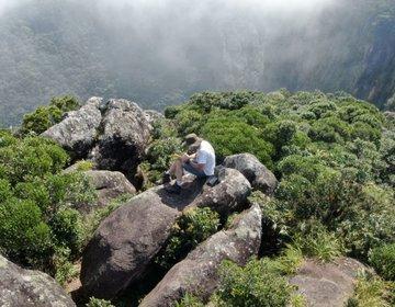 Morro Mãe Catira e Morro do Sete na Serra da Farinha Seca