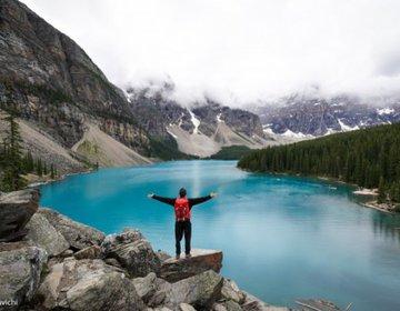 Moraine Lake   Rocky Mountains