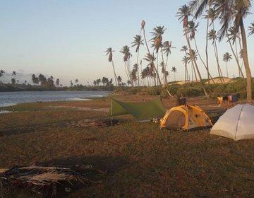 """Acampamento """"teens"""" na lagoa do Mamucabo"""