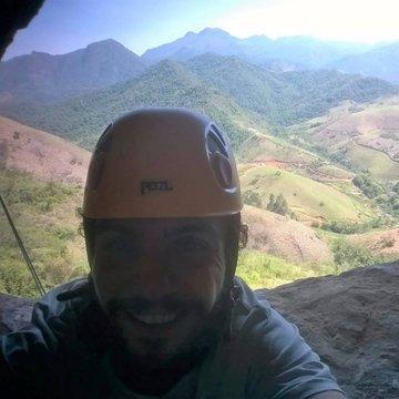 Luiz M Lasanha Escalavale