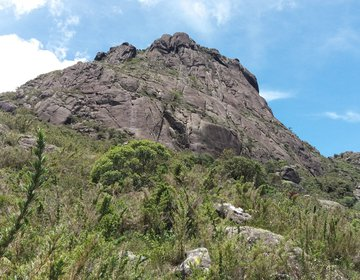 Pico do Marinzinho via Pedra Montada