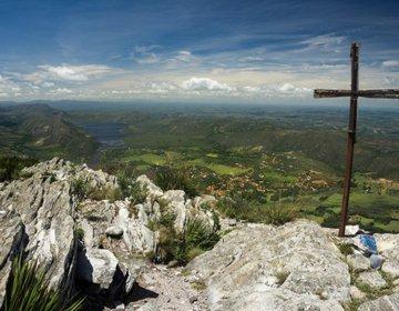 Travessia Lapinha-Tabuleiro via Picos da Lapinha e Breu