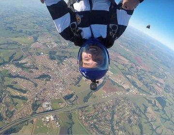 1 ano de Skydive