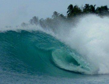 Surf in Nias [Sumatra / Indonesia] English Version
